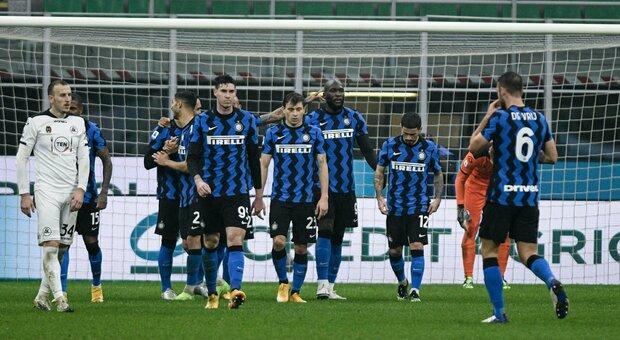 Inter-Spezia 2-1 I gol di Hakimi e Lukaku per restare a -1 dal Milan