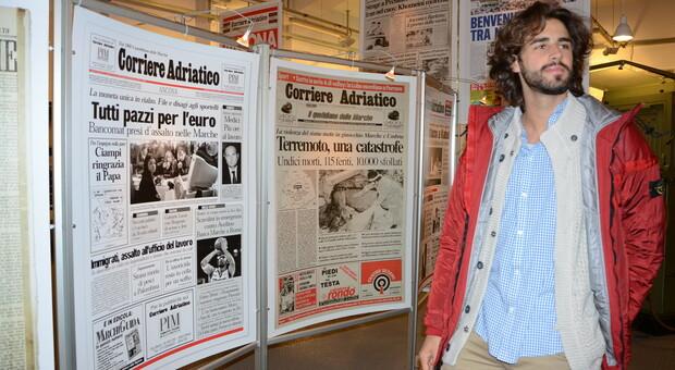 Gianmarco Tamberi nella sala storica del Corriere Adriatico nel novembre del 2016