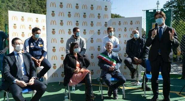 Belinelli, Ambrosini e Mazzanti insieme a McDonald s e ai bambini di Arquata del Tronto: in campo per ripartire dopo il terremoto