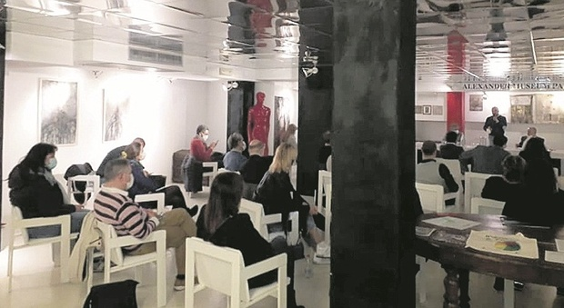 Pesaro, futuro nerissimo per gli albergatori: saltano gli eventi, chiudono anche gli hotel annuali