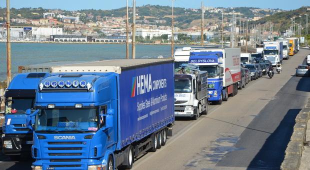 Orte-Falconara e uscita dal porto: il Recovery plan ci dà due chance. Il lato positivo: opere terminate entro il 2026