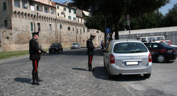 Fabriano, sorpresi alla guida ubriachi: scattano quattro denunce