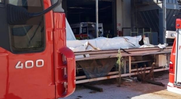 Grave infortunio sul lavoro: operaio ferito alle gambe soccorso dall'eliambulanza