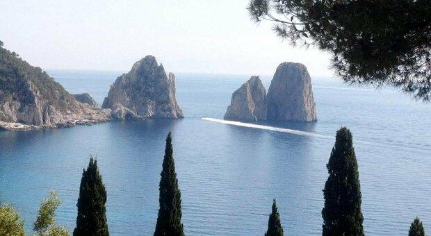 Isole, dove prenoteremo? Grecia avanti, ma da Capri all'Elba l'Italia punta a diventare covid-free