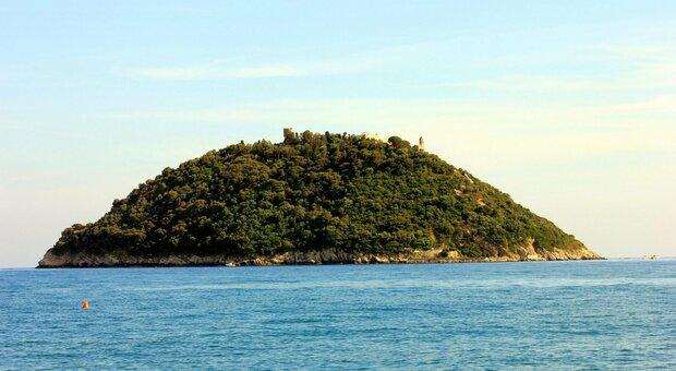 Isola Gallinara, il ministro Franceschini telefona al sindaco di Albenga: «Siamo interessati a comprarla»