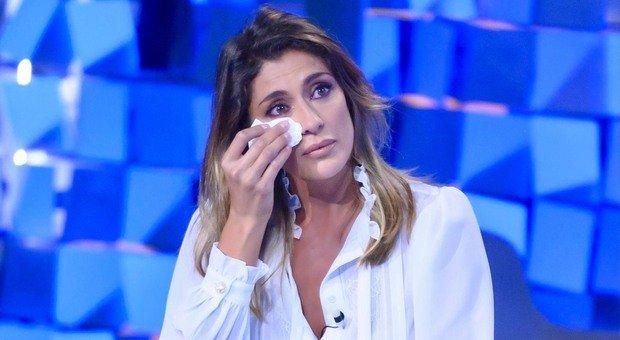 Elisa Isoardi in lacrime a Verissimo: «Ho vissuto un periodo difficile, non ci parlavamo più»