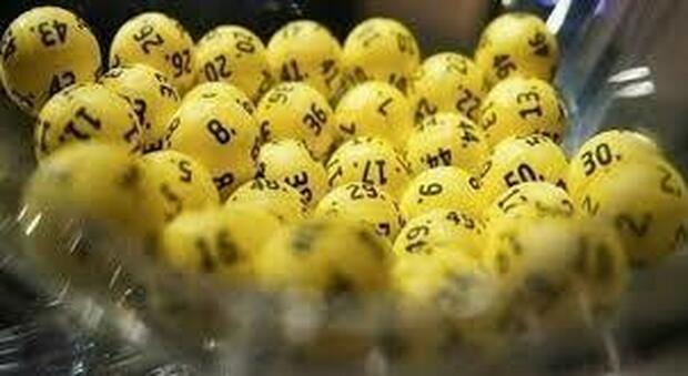 Lotto, SuperEnalotto, 10eLotto e Simbolotto: estrazione numeri e combinazione vincenti di oggi 31 agosto 2021
