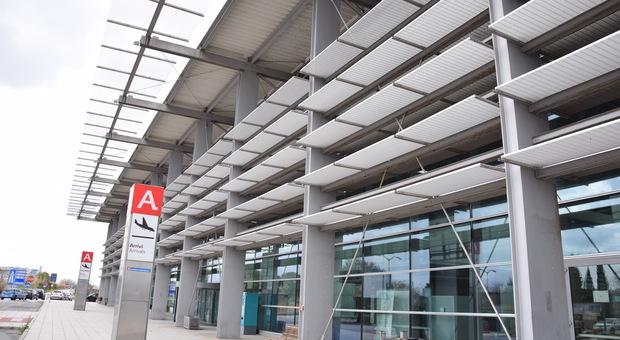 Ryanair riprende i collegamenti da e per l'aeroporto Sanzio con tre rotte per l'estate 2020