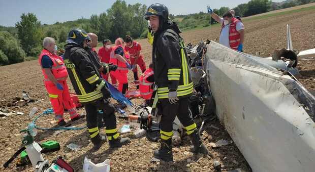 Ultraleggero si schianta in fase di atterraggio, feriti turisti due tedeschi