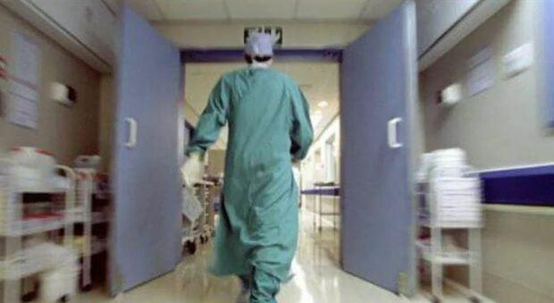 Altri due morti per Coronavirus nelle Marche: perdono la vita un uomo di 67 anni e uno di 85