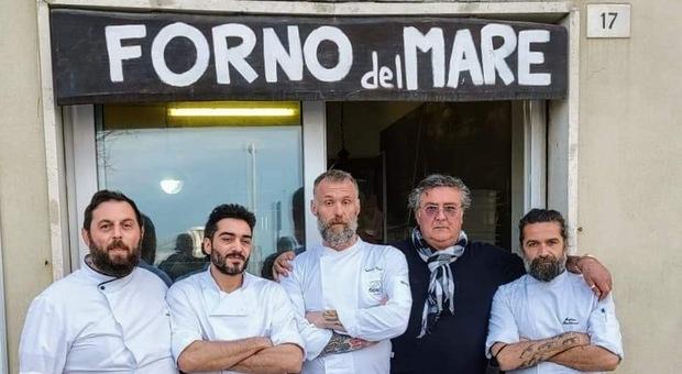 Aria di festa: aperto il Forno del mare e c'è anche la sorpresa con chef Gabriele Bonci