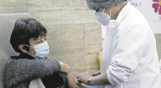 Vaccini Covid: 161 aziende delle Marche si candidano a diventare hub, ma ne resteranno una dozzina