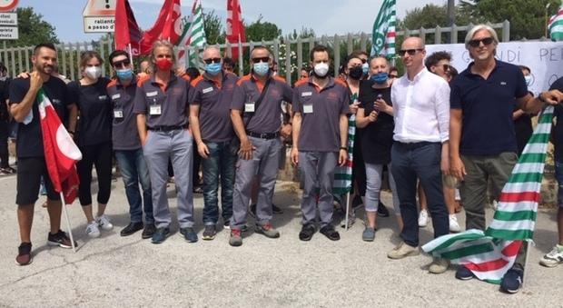 Sciopero e presidio dei lavoratori davanti alla Boost: Incontro con la proprietà e il prefetto, La speranza di uno spiraglio