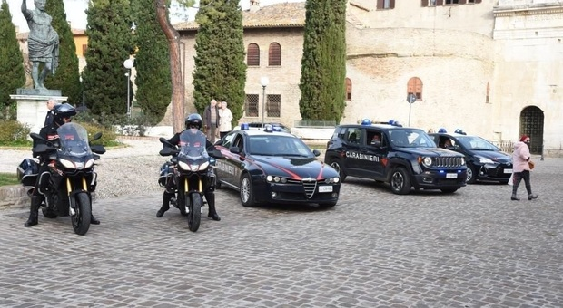 I carabinieri al Pincio di Fano