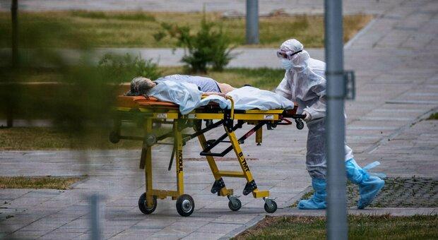 Covid, in Alaska boom contagi e ospedali al collasso: «Dobbiamo scegliere quali pazienti salvare»