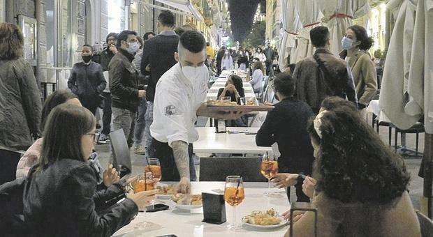 Ancona, l'incubo di un nuovo lockdown agita il capoluogo: «La zona rossa sarebbe devastante»