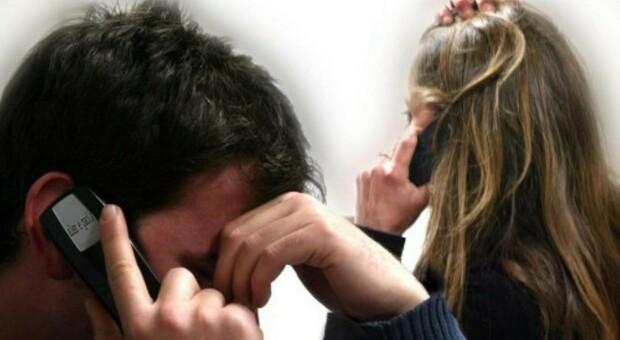 Ragazzina pedinata con una app. Stalking, padre e figlio condannati: il giovane tormentava l ex fidanzata