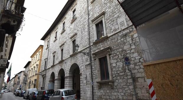 L'ex caserma dei vigili del fuoco ad Ascoli Piceno