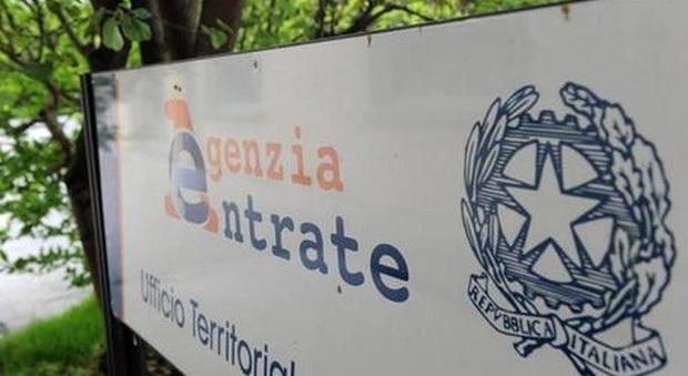 Macerata, il dirigente denuncia per mobbing i vertici dell'Agenzia per le Entrate