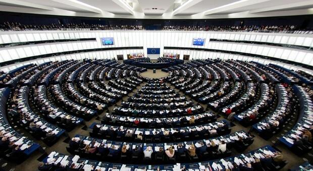 La plenaria torna a Strasburgo dopo 16 mesi