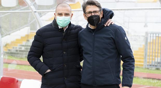 Il presidente del Matelica Mauro Canil insieme al direttore sportivo Francesco Micciola