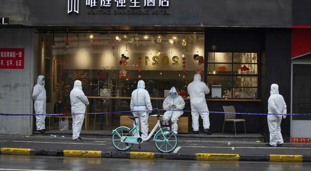 Coronavirus, la Cina lancia i tamponi anali: «Più efficaci nella rilevazione»