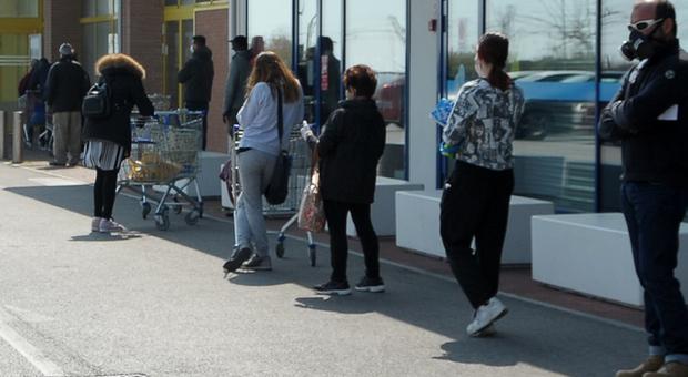San Benedetto, latitante ma affamato: ricercato da anni trovato e arrestato in fila al supermercato