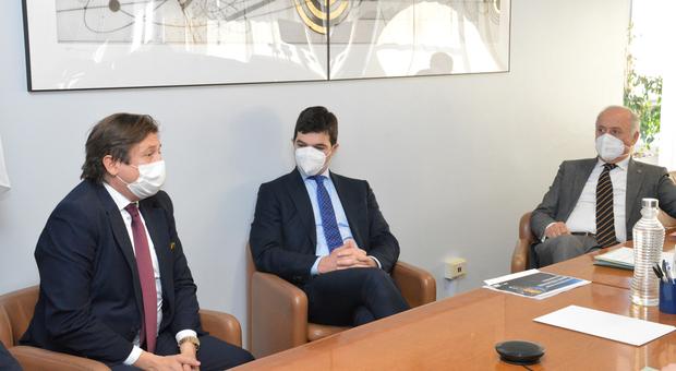 Il vice ministro alla sanità Sileri incontra il presidente Acquaroli e gli assessori
