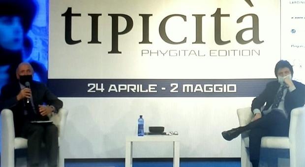 A destra Giancarlo Laurenzi, direttore del Corriere Adriatico, con Angelo Serri direttore di Tipicità