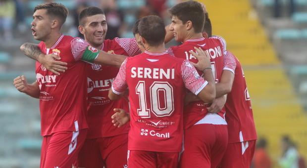 I giocatori dell'Ancona dopo un gol segnato