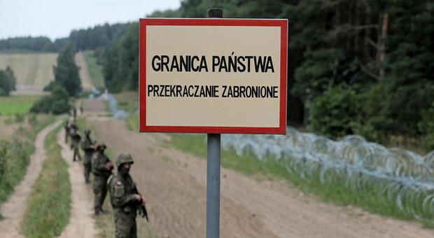 Ue, Minsk usa esseri umani per fare pressione