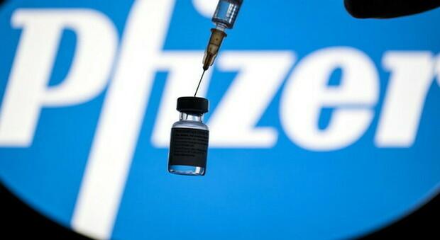 Vaccini, un milione di dosi Pfizer in arrivo in Italia entro 24 ore