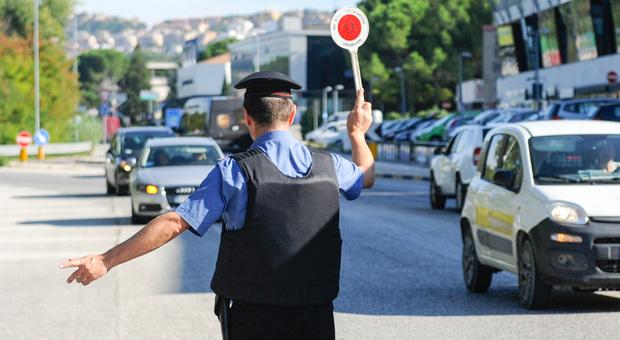 Neopatentati alla guida ubriachi: giro di vite, scattano sanzioni e segnalazioni