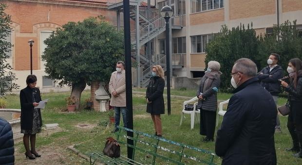 Il Covid entra all Hospice di Loreto. E anche focolai nelle scuole, via ai tamponi