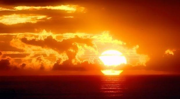Il 21 giugno è un giorno molto importante: il Solstizio che segna l ingresso del Sole nel segno del Cancro e l inizio dell estate