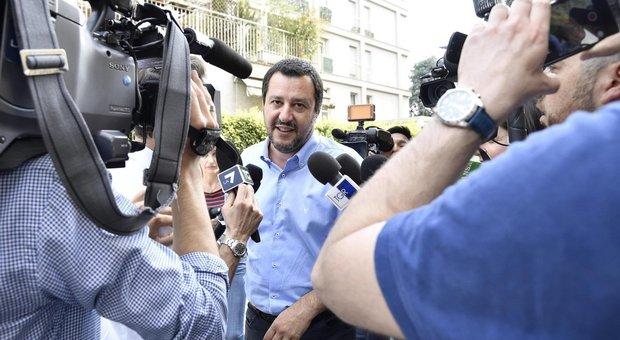 Equitalia, Salvini: «Chiudere cartelle esattoriali sotto i 100mila euro»