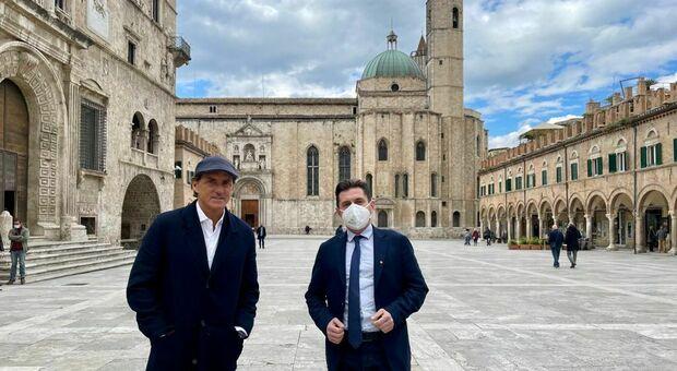 Il Ct Roberto Mancini con il sindaco Marco Fioravanti
