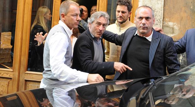 Coronavirus, Robert De Niro «sul lastrico»: chiusi gli hotel, l'ex moglie lo porta in tribunale