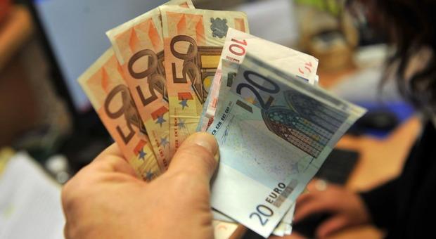 Limite al contante, a luglio scattano le multe per chi paga o incassa oltre i 2 mila euro