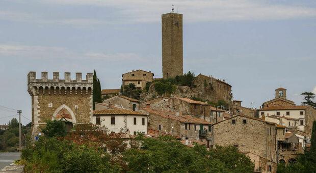 Il borgo di Pereta in Toscana