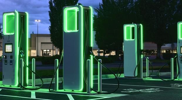 Energy station, così le case automobilistiche si ricaricano