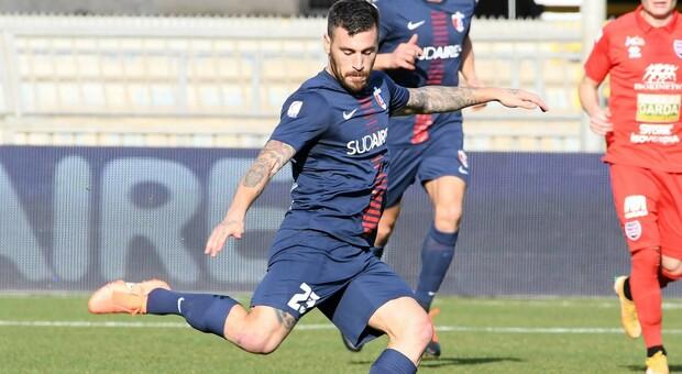 Federico Angiulli durante una partita della Samb