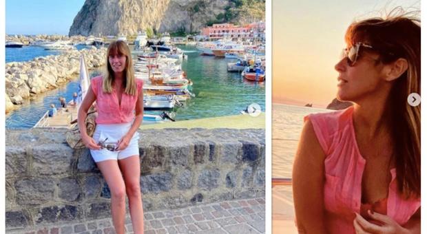 Maria Elena Boschi a Ischia, shorts e scollatura sexy: «Un'isola meravigliosa»