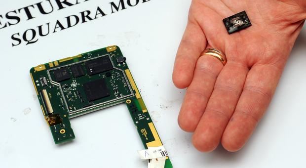 Il microchip di un satellitare