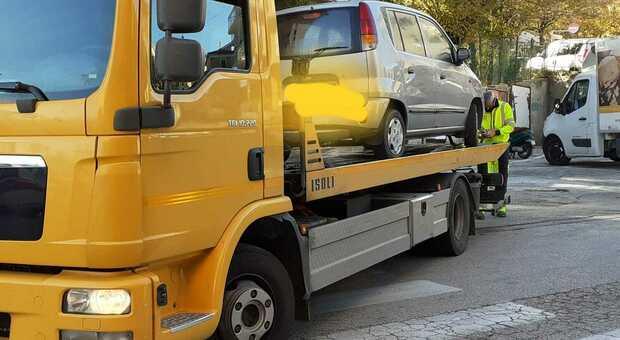 Auto senza assicurazione, doppio sequestro e maxi sanzioni