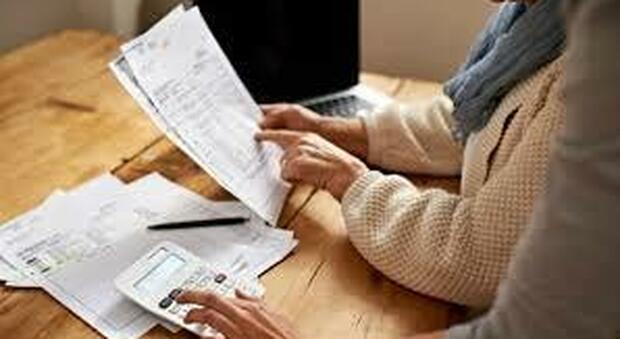 Reddito e pensione di cittadinanza, in un anno dimezzati i percettori. Ma con lo sblocco dei licenziamenti potrebbe cambiare tutto