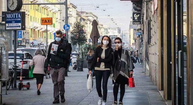 """«Zona arancione in tutta l'Italia». Il lockdown """"soft"""" per Covid richiesto dalle Regioni al Governo"""