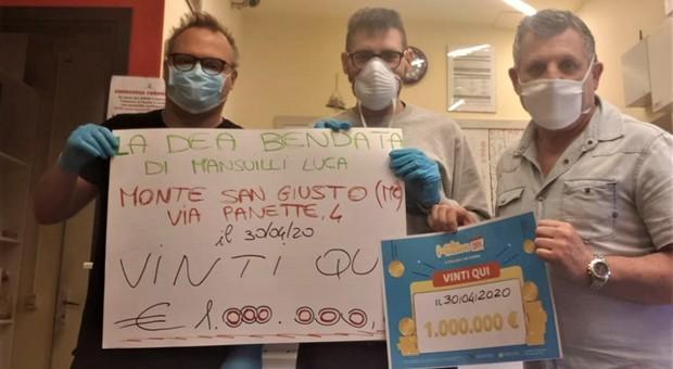 Monte San Giusto, gioca un euro e ne vince un milione: nel borgo scatta la caccia all'anonimo fortunato