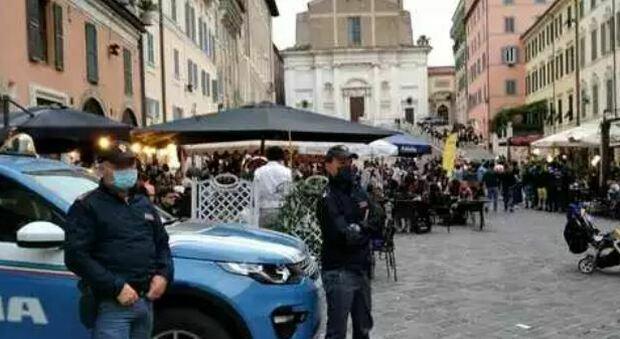 Identificati tutti i ragazzi autori della vile aggressione in piazza Del Papa