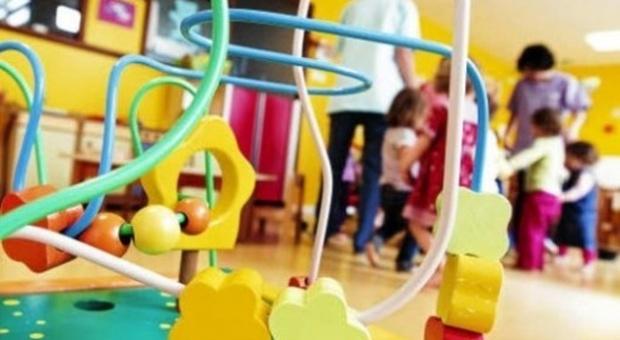 Lo spettro del Covid tra i baby alunni: un positivo all'asilo nido, 20 bimbi in quarantena